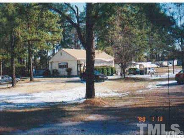 3845 Raleigh Road, Henderson, NC 27537 (#2203758) :: The Abshure Realty Group