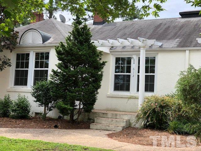 612 E Whitaker Mill Road #612, Raleigh, NC 27608 (#2204325) :: Raleigh Cary Realty