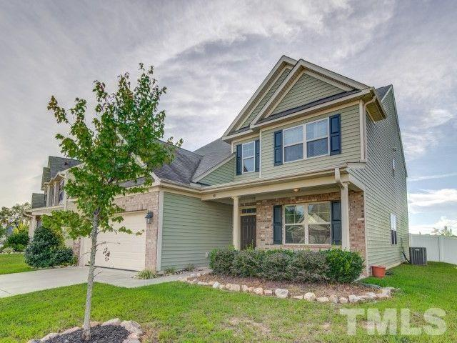82 Sunflower Way, Clayton, NC 27527 (#2212350) :: The Perry Group