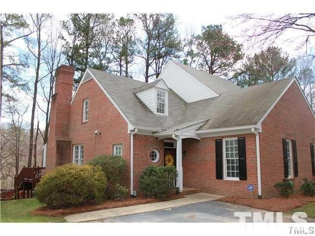 1517 Village Glen Drive, Raleigh, NC 27612 (#2215154) :: Raleigh Cary Realty