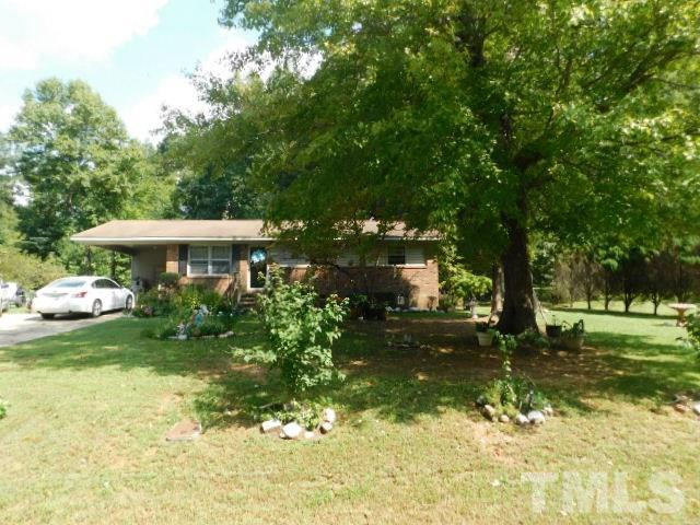 221 Lancaster Road, Mebane, NC 27302 (#2215568) :: The Perry Group