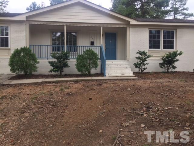240 Oakdale Avenue, Clayton, NC 27520 (#2215890) :: The Abshure Realty Group