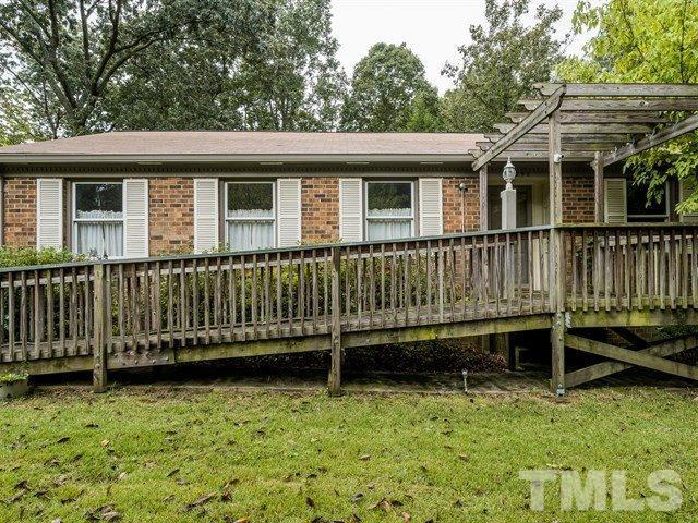 240 SE Maynard Road, Cary, NC 25711 (#2216711) :: The Perry Group