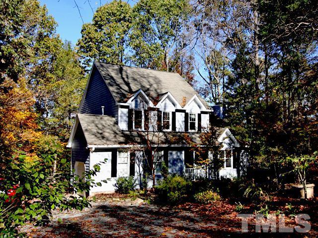 303 Stonehill Road, Chapel Hill, NC 27516 (#2224769) :: Raleigh Cary Realty