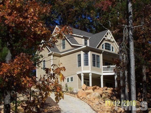 70015 Morehead, Chapel Hill, NC 27217 (#2225515) :: Marti Hampton Team - Re/Max One Realty