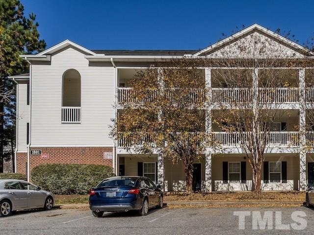 1801 Trailwood Heights Lane #202, Raleigh, NC 27603 (#2226035) :: The Jim Allen Group