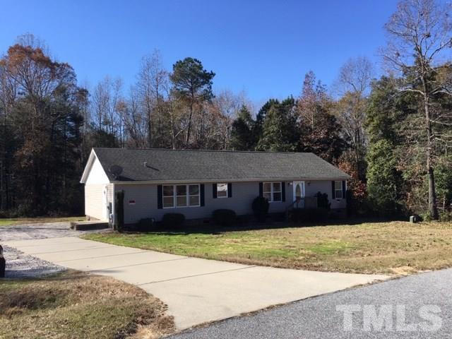 137 Dublin Court, Four Oaks, NC 27524 (#2227211) :: Marti Hampton Team - Re/Max One Realty