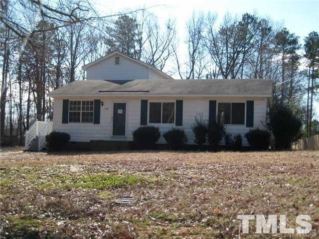 4008 Lassiter Road, Holly Springs, NC 27540 (#2238123) :: Marti Hampton Team - Re/Max One Realty