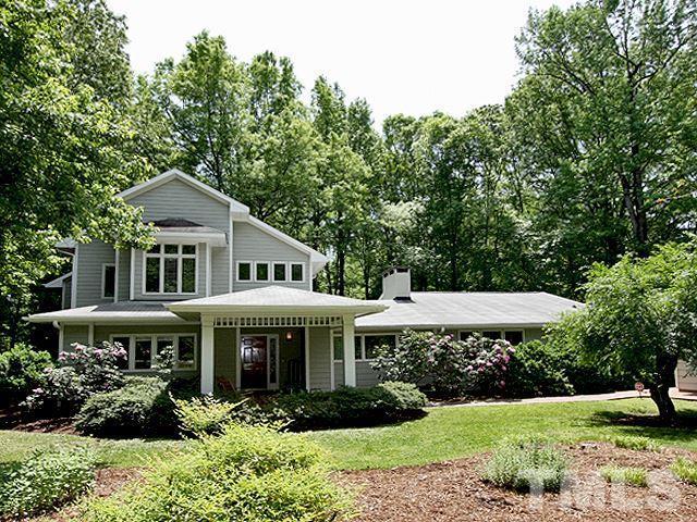 910 Arrowhead Road, Chapel Hill, NC 27514 (#2238303) :: Marti Hampton Team - Re/Max One Realty