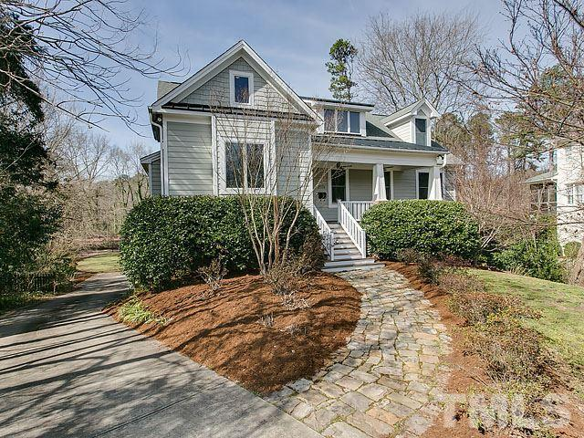 2929 Claremont Road, Raleigh, NC 27608 (#2243803) :: Morgan Womble Group