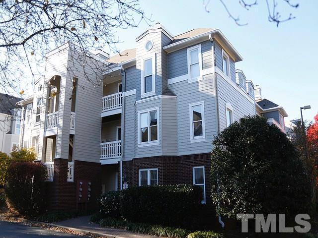 1021 Brighthurst Drive #307, Raleigh, NC 27605 (#2246001) :: Dogwood Properties