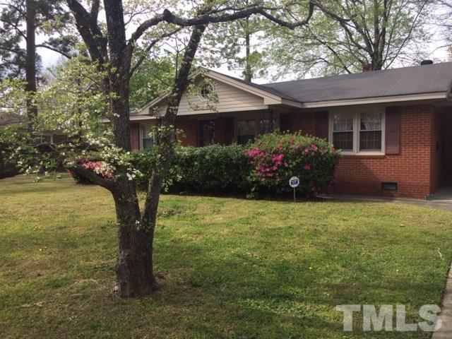 1106 Friendly Road, Dunn, NC 28334 (#2247452) :: The Perry Group