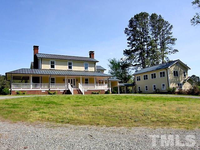 131 Winsome Lane, Chapel Hill, NC 27516 (#2250760) :: Marti Hampton Team - Re/Max One Realty