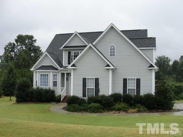 7408 Ladora Drive, Willow Spring(s), NC 27592 (#2256533) :: The Beth Hines Team