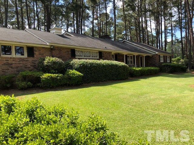 40 Country Club Drive, Rocky Mount, NC 27804 (#2256704) :: RE/MAX Real Estate Service