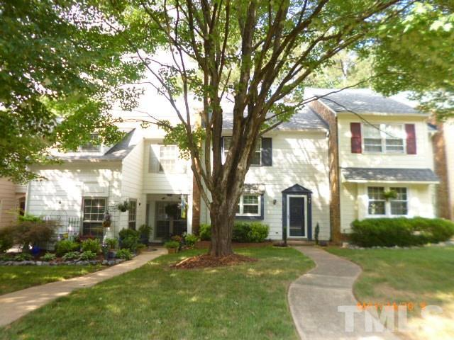 1306 Garden Crest Circle, Raleigh, NC 27609 (#2257298) :: Raleigh Cary Realty