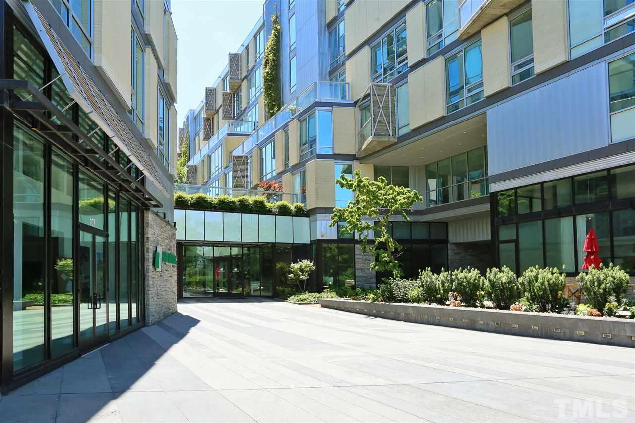 601 Rosemary Street - Photo 1