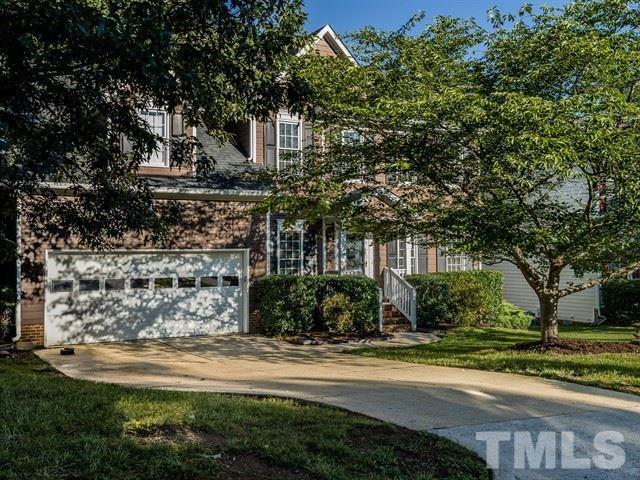 302 Chatsworth Street, Cary, NC 27513 (#2262885) :: The Jim Allen Group