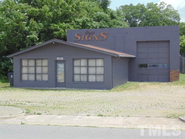 1038 N Garnett Street, Henderson, NC 27536 (#2265746) :: Morgan Womble Group