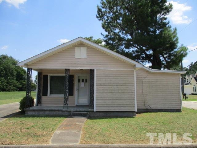 213 Lane Street, Clinton, NC 28328 (#2266768) :: Real Estate By Design