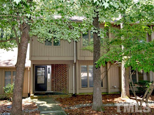 121 Gristmill Lane, Chapel Hill, NC 27514 (#2267589) :: M&J Realty Group