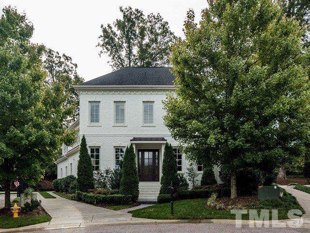 2900 Glenanneve Place, Raleigh, NC 27608 (#2286516) :: Dogwood Properties