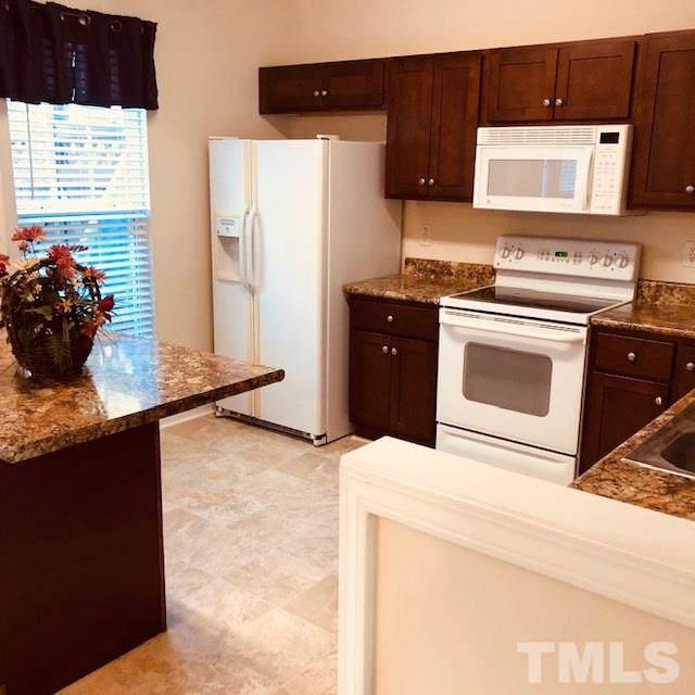 401 Coral Creek Lane, Morrisville, NC 27560 (#2288321) :: Sara Kate Homes