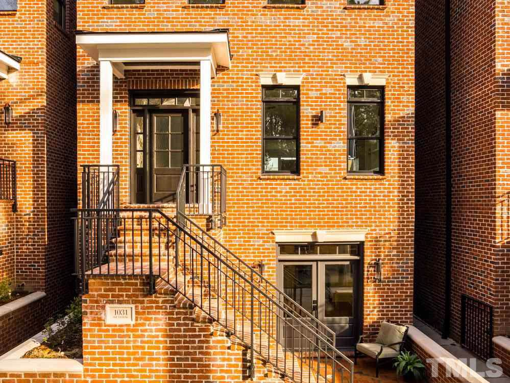 1031 Duke Street - Photo 1