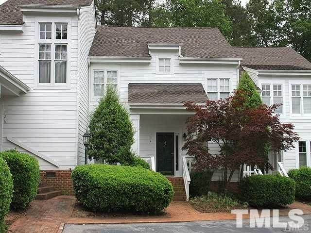 124 Chattel Close, Cary, NC 27518 (#2302466) :: The Results Team, LLC