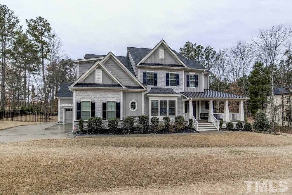 2424 Sterling Crest Drive - Photo 1