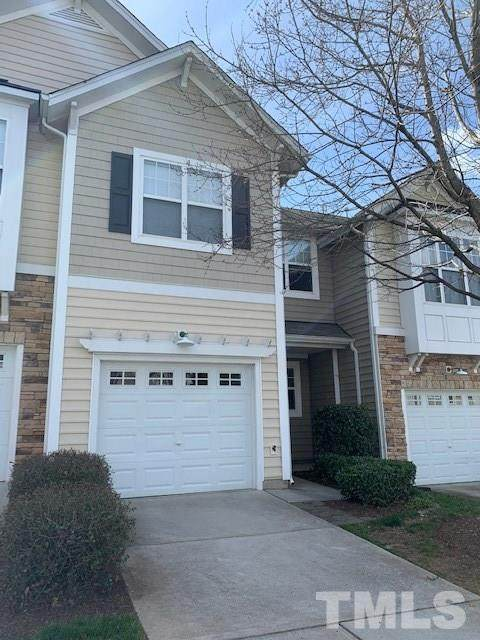 5903 Chivalry Court, Raleigh, NC 27612 (#2307287) :: Triangle Top Choice Realty, LLC