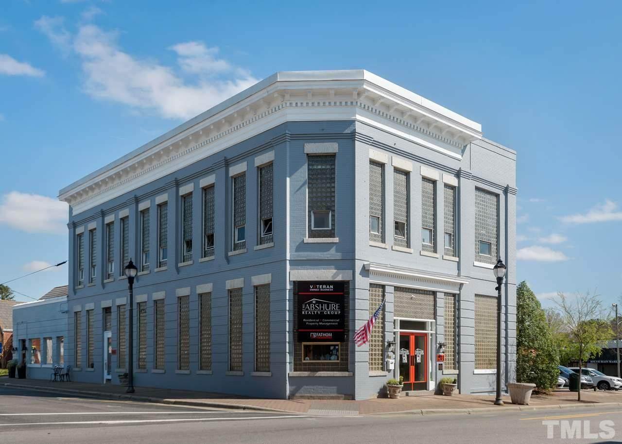 106 Raleigh Street - Photo 1