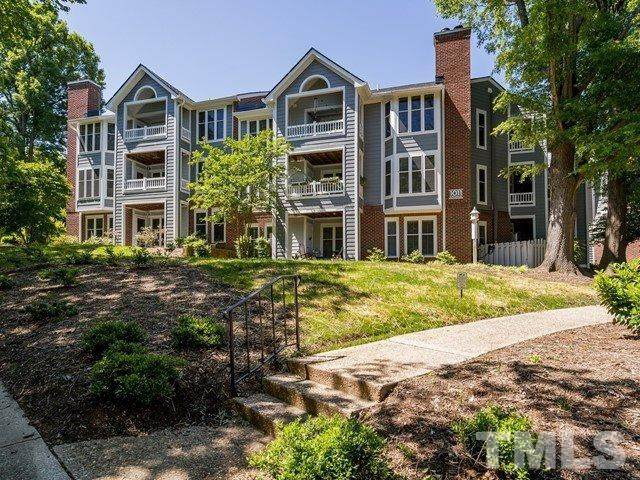 1011 Wirewood Drive #101, Raleigh, NC 27605 (#2318655) :: Team Ruby Henderson