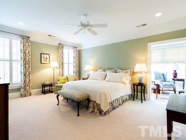 541 W Barbee Chapel Road #541, Chapel Hill, NC 27517 (#2325021) :: The Jim Allen Group