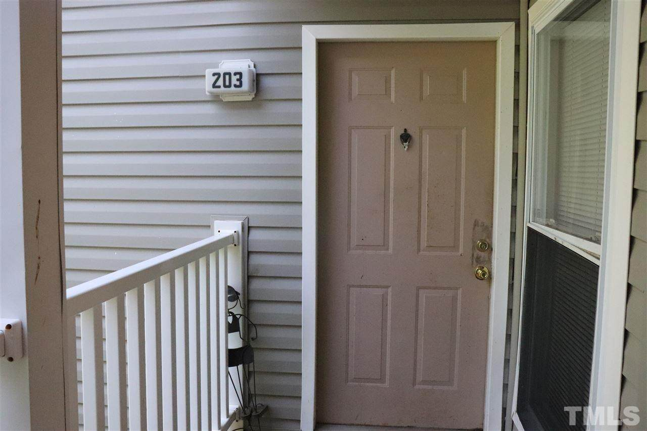 1431 Collegiate Circle - Photo 1