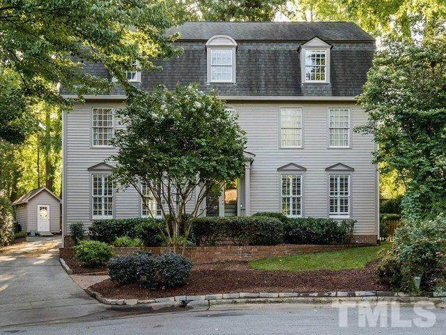 2108 Fallon Oaks Court, Raleigh, NC 27608 (#2330801) :: Realty World Signature Properties