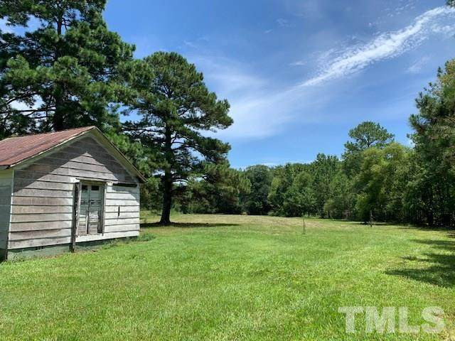 2328 Arrowhead Road, Dunn, NC 28334 (#2333435) :: The Rodney Carroll Team with Hometowne Realty
