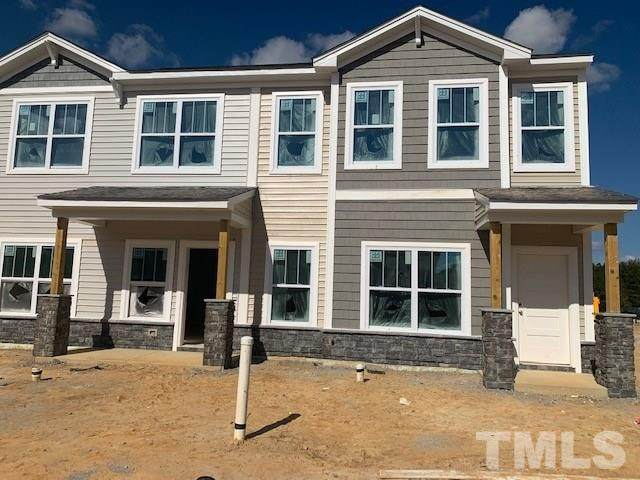 945 Robbie Jackson Lane, Fuquay Varina, NC 27526 (#2336128) :: Triangle Just Listed