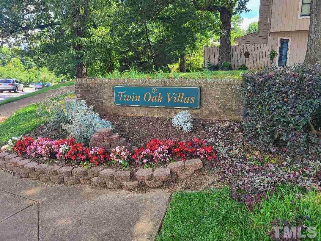 213 Twin Oaks Place - Photo 1