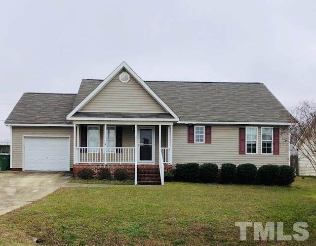 120 N Friars Chase Lane, Fuquay Varina, NC 27526 (MLS #2349902) :: On Point Realty