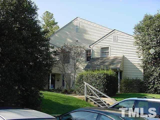 104 Oak Hollow Court - Photo 1