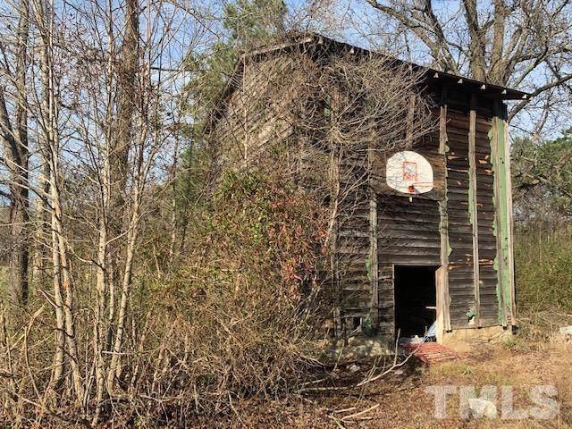 2030 Creechs Mill Road, Smithfield, NC 27577 (#2364303) :: The Beth Hines Team