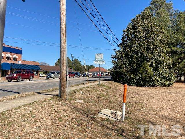 610 N Ennis Street, Fuquay Varina, NC 27526 (MLS #2368619) :: On Point Realty