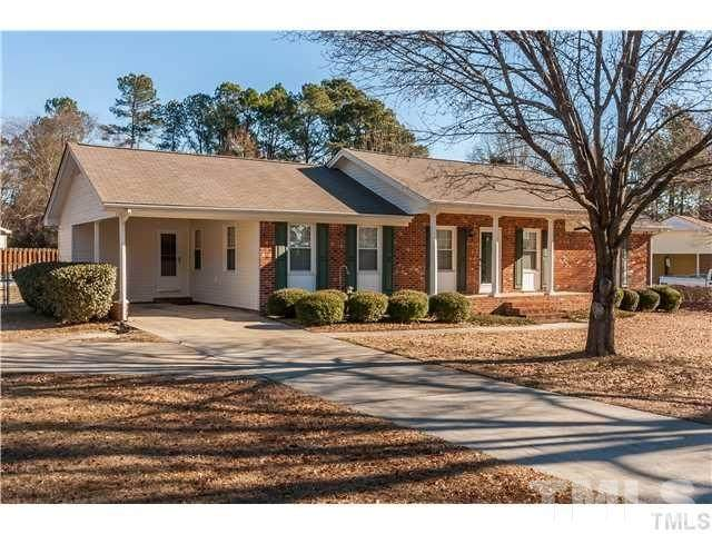 101 Manor Place, Knightdale, NC 27545 (MLS #2369793) :: EXIT Realty Preferred