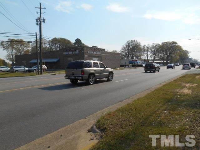 1601 N Main Street, Fuquay Varina, NC 27526 (#2375776) :: Saye Triangle Realty