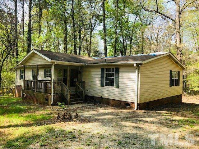 320 Buttonwood Drive, Hillsborough, NC 27278 (MLS #2376936) :: The Oceanaire Realty