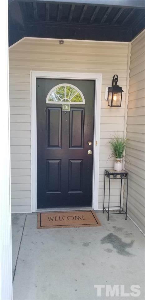 2400 Huntscroft Lane #101, Raleigh, NC 27617 (#2384416) :: Rachel Kendall Team