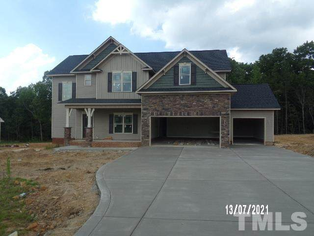 200 Oakhaven Drive, Holly Springs, NC 27540 (#2395508) :: Marti Hampton Team brokered by eXp Realty