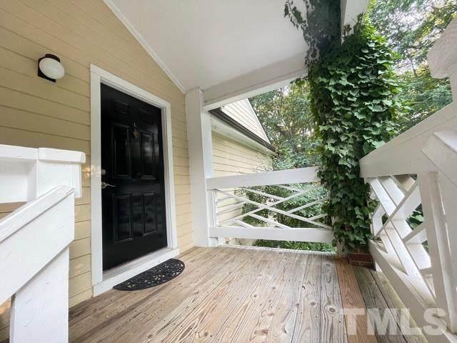 1001 Kingswood Drive L, Chapel Hill, NC 27517 (MLS #2397799) :: EXIT Realty Preferred