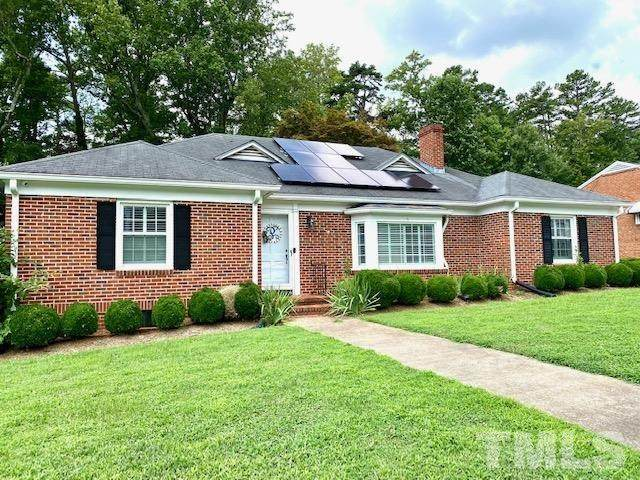 122 Lakeview Drive, Henderson, NC 27536 (MLS #2399734) :: On Point Realty